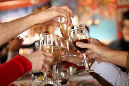 春节期间喝酒要多注意五件事