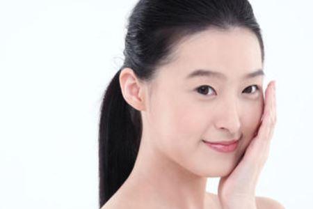 女人保护皮肤的三个小技巧