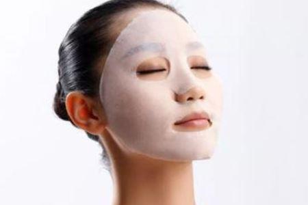 春季女人皮肤补水的三个方法